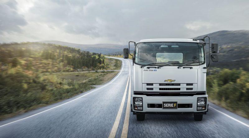 Salfa estrena taller móvil para camiones Chevrolet Isuzu